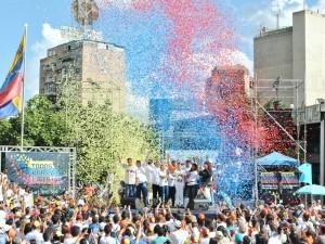 Venezolanos participaron con emoción en el cierre de la campaña <br> &#8220;Todos por la Libertad&#8221; en Caracas
