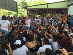 Lilian Tintori: A partir del 6 de diciembre caminaremos unidos <br> y en paz por los jardines de Maracay