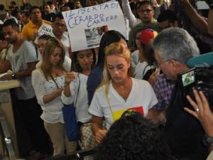 Lilian Tintori visita nuevamente la Defensoría del Pueblo para pedir justicia