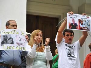 Familiares de presos políticos piden firmar petición online a favor de la <br> Ley de Amnistía