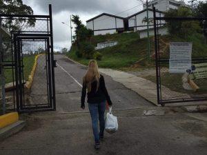 Coronel Viloria continúa con tratos violatorios contra familia de Leopoldo <br> López
