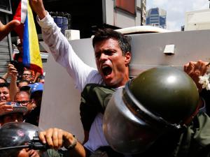 Régimen de Nicolás Maduro retrasa emisión de visa para abogado <br> internacional de Leopoldo López