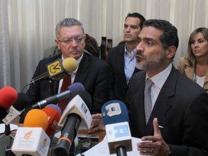 1200 juristas del mundo suscriben manifiesto por Libertad de Leopoldo <br> López y DDDHH en Venezuela