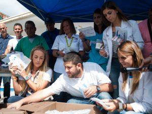 Rescate Venezuela donó insumos médicos al ambulatorio Jesús Regetti <br> en El Hatillo
