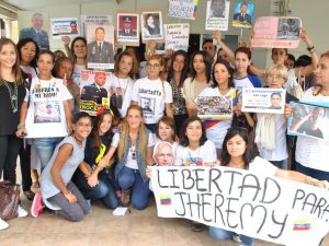 COMUNICADO: Ratificamos denuncia contra Gobierno nacional por <br> crímenes de lesa humanidad ante la CPI