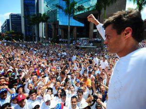 Leopoldo López califica de inconstitucionales e inaceptables condiciones <br> del CNE e insta a los venezolanos a luchar por cambiarlas en 1 mes