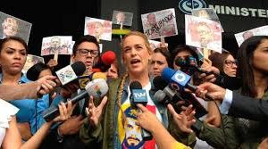 Lilian Tintori denuncia a Diosdado Cabello ante Ministerio Público por <br> violador de derechos humanos