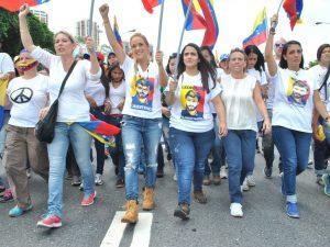 Lilian Tintori: llegó la hora de la lucha pacífica desde la calle y por la <br> libertad de Venezuela
