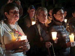Familiares de Leopoldo López realizaron vigilia en Ramo Verde para pedir <br> fe de vida