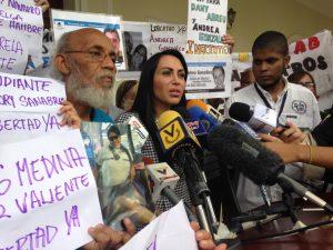 Delsa Solórzano: Es crítica la situación de los presos <br>políticos en huelga de hambre