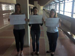 Familiares de Yon Goicoechea realizan protesta en el Palacio <br>de Justicia para exigir que se ejecute la medida de libertad