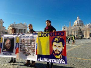 Lilian Tintori al Vaticano: el primer resultado del diálogo de mañana debe <br> ser la liberad plena de todos los presos políticos
