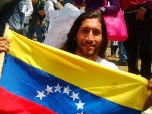 Renzo Prieto no ha visto a sus familiares o abogados desde que empezó la <br>huelga de hambre