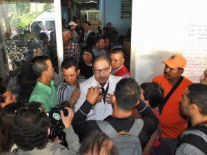 Lilian Tintori denuncia represalias contra trabajadores del Hospital Los <br> Magallanes de Catia