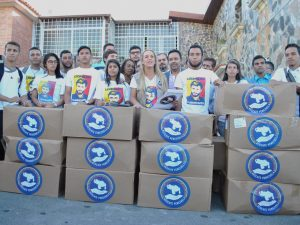 Rescate Venezuela brinda apoyo a 70 abuelos en los Altos <br> Mirandinos