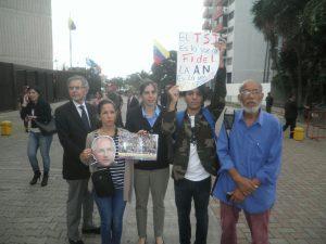 Familiares de los presos políticos y activistas de DDHH exigen un TSJ <br>que garantice el respeto a la Constitución