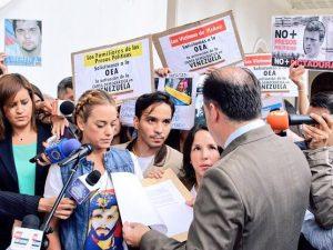Comité de Familiares de Presos Políticos piden a la Asamblea Nacional <br>impulsar activación de la Carta Democrática